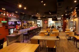 Gk Pub & Grill