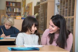 Kumon pone al profesor como base del éxito del aprendizaje de sus niños