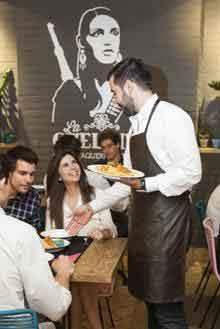 Los restaurantes en franquicia se adaptan al Decreto