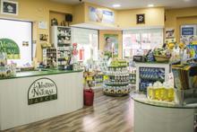 Franquiciar una tienda de cosmética natural La Ventana Natural ¡es barato!