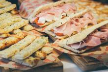 La franquicia que hace pizzas se llama O Mamma Mia