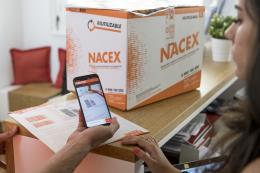 Nacex se sube al velero GAES en la Barcelona World Race