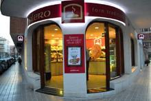 Cómo son las tiendas de la franquicia de alimentación Valero Forn Tradicional