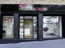 La franquicia UrbanClean reinventa el modelo de tintorería