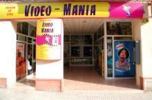 Vídeo-Manía presenta la primera dispensadora automática de prensa, Revistas y DVD's